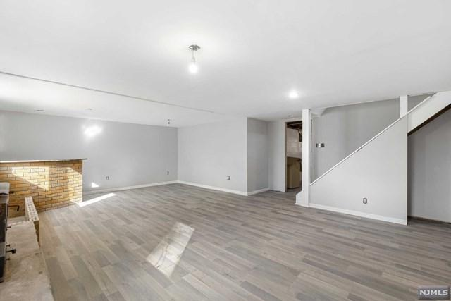 34 Struble Lane, West Milford, NJ 07480 (#1917525) :: Berkshire Hathaway HomeServices Abbott Realtors