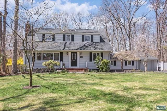 112 Magnolia Place, Wayne, NJ 07470 (#1917540) :: Berkshire Hathaway HomeServices Abbott Realtors