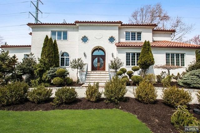 4 Timber Rock Court, Cedar Grove, NJ 07009 (#1917543) :: Berkshire Hathaway HomeServices Abbott Realtors