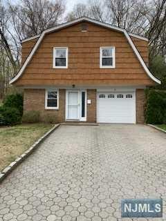 91 Cedar Street, Cresskill, NJ 07626 (MLS #1917609) :: William Raveis Baer & McIntosh