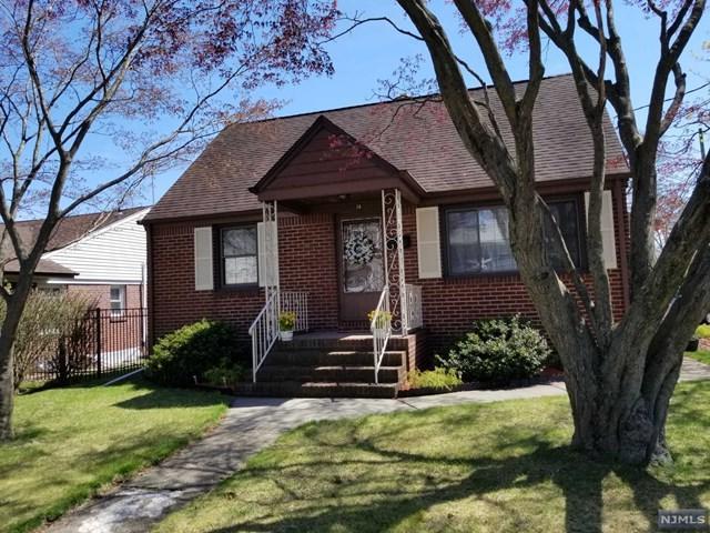 38 17th Avenue, Elmwood Park, NJ 07407 (#1917635) :: Berkshire Hathaway HomeServices Abbott Realtors