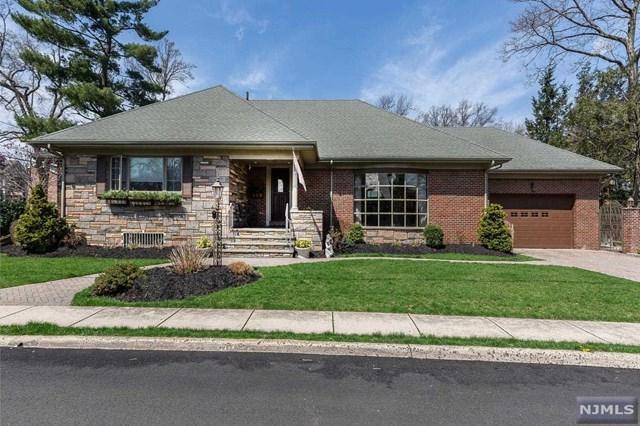 71 Bridle Way, Fort Lee, NJ 07024 (#1917660) :: Berkshire Hathaway HomeServices Abbott Realtors