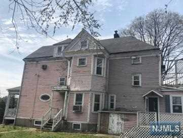 1141 River Road, New Milford, NJ 07646 (#1917675) :: Berkshire Hathaway HomeServices Abbott Realtors