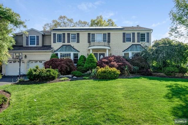 48 Cheri Lane, Fairfield, NJ 07004 (#1917730) :: Berkshire Hathaway HomeServices Abbott Realtors