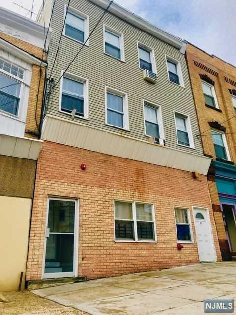150 Midland Avenue, Kearny, NJ 07032 (#1917753) :: Berkshire Hathaway HomeServices Abbott Realtors