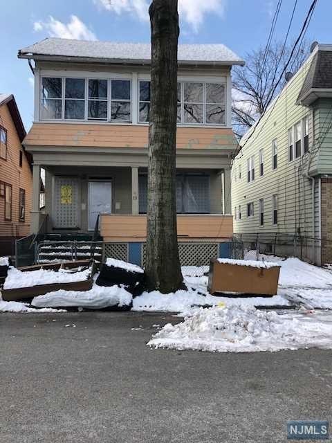 19 Fern Avenue, Irvington, NJ 07111 (#1917754) :: Berkshire Hathaway HomeServices Abbott Realtors