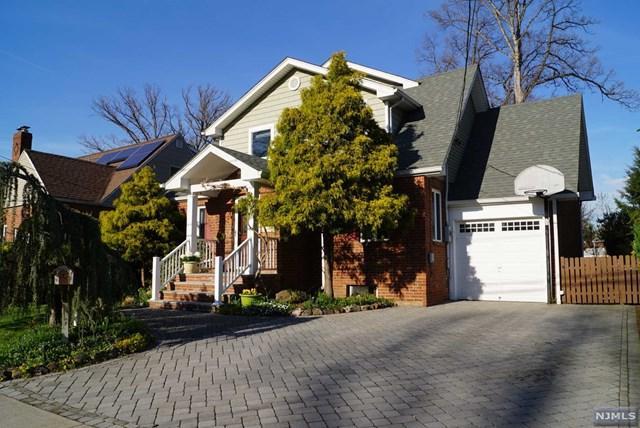 2-37 35th Street, Fair Lawn, NJ 07410 (#1917762) :: Berkshire Hathaway HomeServices Abbott Realtors