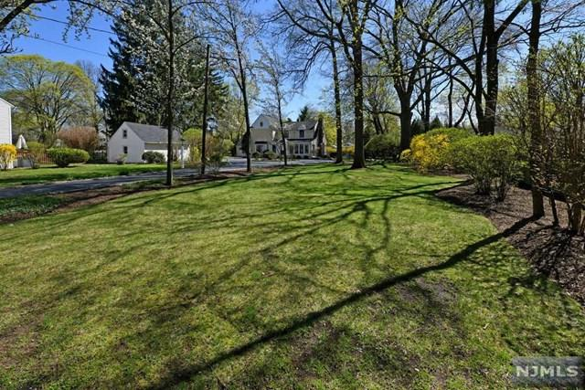 626 Wall Street, Ridgewood, NJ 07450 (MLS #1917841) :: Team Francesco/Christie's International Real Estate