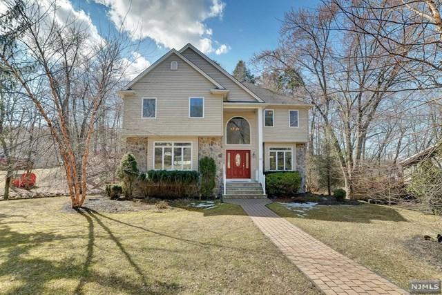 93 Brook Terrace, Wayne, NJ 07470 (#1918001) :: Berkshire Hathaway HomeServices Abbott Realtors