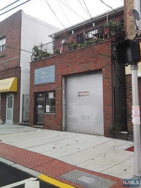 908 New York Avenue, Union City, NJ 07087 (#1918007) :: Berkshire Hathaway HomeServices Abbott Realtors