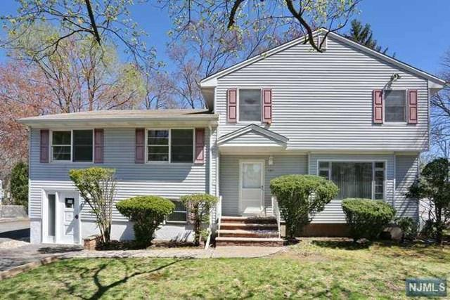 435 Pascack Road, Twp Of Washington, NJ 07676 (#1918186) :: Berkshire Hathaway HomeServices Abbott Realtors