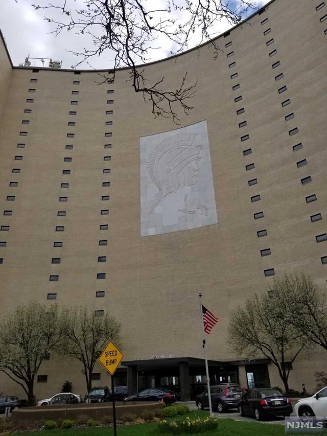 380 Mountain Road #114, Union City, NJ 07087 (#1918253) :: Berkshire Hathaway HomeServices Abbott Realtors