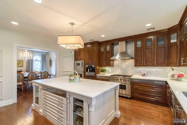 100 Rio Vista Drive, Norwood, NJ 07648 (MLS #1918329) :: William Raveis Baer & McIntosh