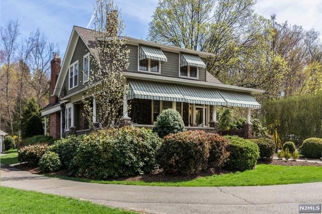 284 Wyckoff Avenue, Wyckoff, NJ 07481 (MLS #1918831) :: Radius Realty Group
