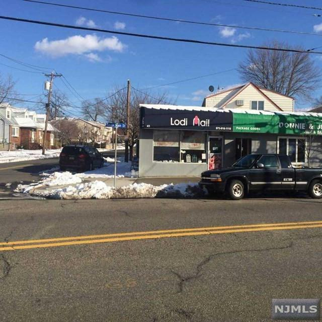 43 S Main Street, Lodi, NJ 07644 (#1919939) :: NJJoe Group at Keller Williams Park Views Realty