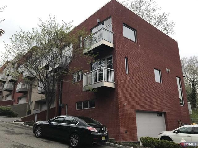 11 Vela Way, Edgewater, NJ 07020 (#1922604) :: Group BK