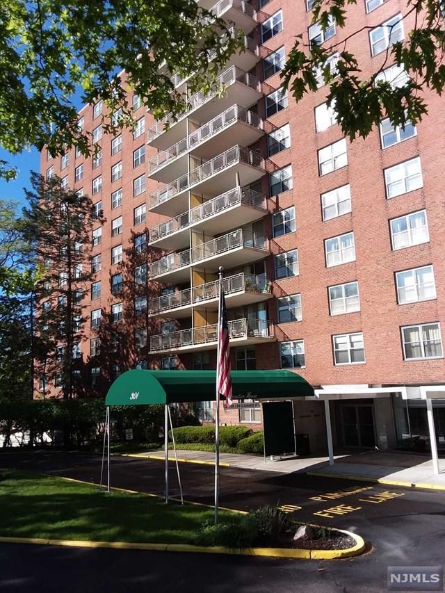 301 Beech Street 11-I, Hackensack, NJ 07601 (#1923027) :: Group BK