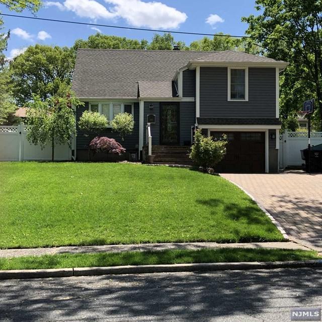 249 Jefferson Avenue, Paramus, NJ 07652 (#1923047) :: NJJoe Group at Keller Williams Park Views Realty