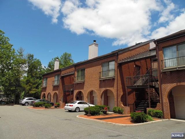 8 Eliot Court, Teaneck, NJ 07666 (#1923308) :: Group BK