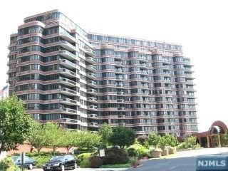 100 Winston Drive Phg-N, Cliffside Park, NJ 07010 (#1923549) :: Group BK