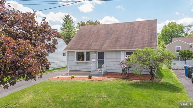 435 Washington Avenue, Rutherford, NJ 07070 (#1923649) :: Group BK