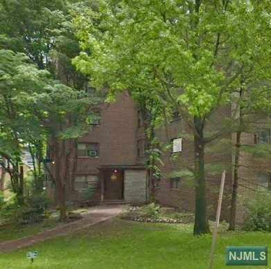 420 Park Place 1A, Fort Lee, NJ 07024 (#1923745) :: Group BK