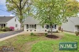 114 Sunrise Terrace, Cedar Grove, NJ 07009 (#1923796) :: Group BK