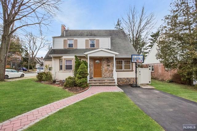 694 W Englewood Avenue, Teaneck, NJ 07666 (#1923830) :: Group BK