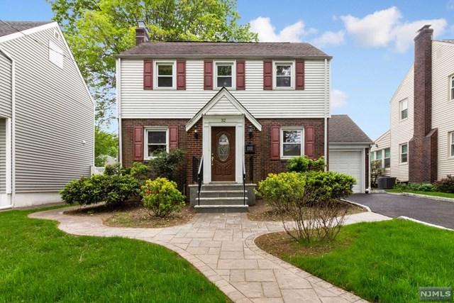 32 Oak Street, Teaneck, NJ 07666 (#1923891) :: Group BK