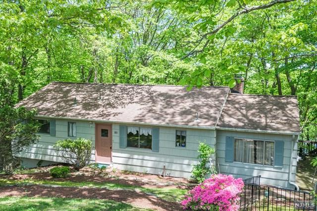 21 Pawnee Terrace, West Milford, NJ 07480 (#1923912) :: Group BK