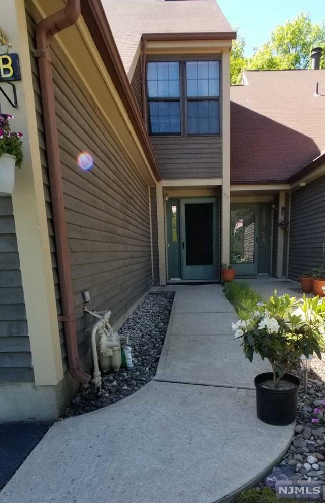 21 B Plymouth Alley B, West Milford, NJ 07480 (MLS #1924235) :: The Dekanski Home Selling Team