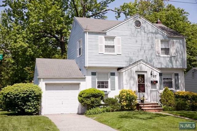 37 Stelling Avenue, Maywood, NJ 07607 (#1924376) :: NJJoe Group at Keller Williams Park Views Realty