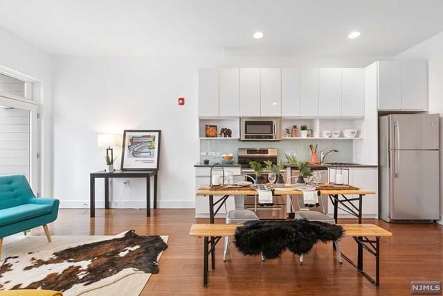 217 Newark Avenue #209, Jersey City, NJ 07302 (MLS #1924455) :: Team Francesco/Christie's International Real Estate