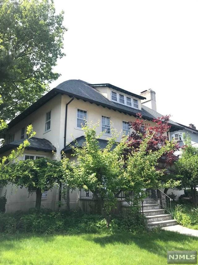 1085 Dearborn Road, Fort Lee, NJ 07024 (MLS #1924508) :: Team Francesco/Christie's International Real Estate