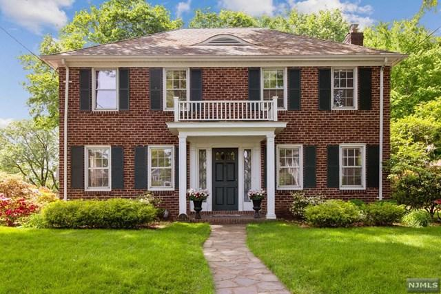 1 Sherwood Road, Tenafly, NJ 07670 (MLS #1924543) :: The Dekanski Home Selling Team