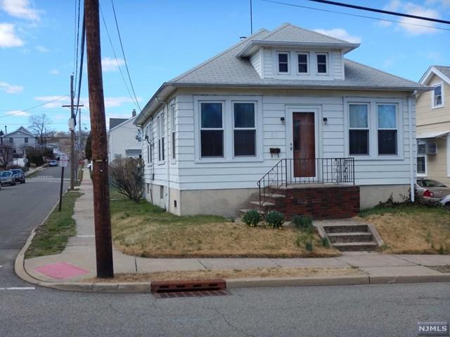 65 Dewey Avenue, Totowa, NJ 07512 (MLS #1924822) :: Team Francesco/Christie's International Real Estate