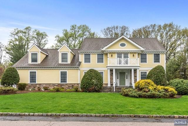 533 Lydia Lane, Wyckoff, NJ 07481 (MLS #1924844) :: The Dekanski Home Selling Team