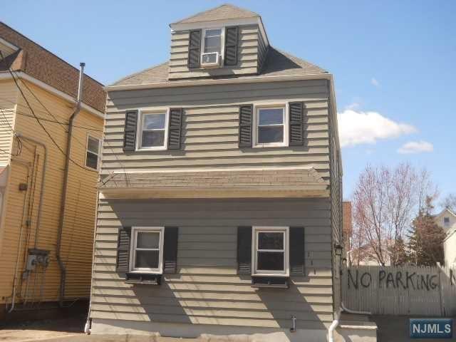 111 Locust Avenue, Wallington, NJ 07057 (MLS #1924943) :: William Raveis Baer & McIntosh