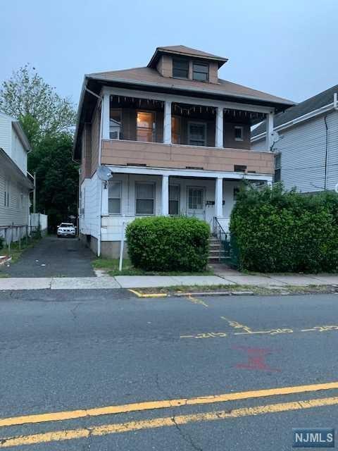 458 Haledon Avenue, Haledon, NJ 07508 (MLS #1927986) :: William Raveis Baer & McIntosh