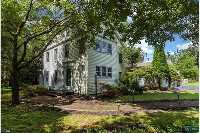77 Springfield Avenue, Berkeley Heights, NJ 07922 (MLS #1928177) :: The Sikora Group