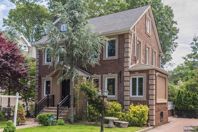 1048 Abbott Boulevard, Fort Lee, NJ 07024 (MLS #1929033) :: The Sikora Group