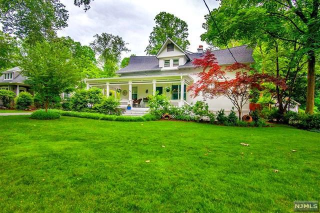 426 Sylvan Place, Haworth, NJ 07641 (MLS #1929053) :: William Raveis Baer & McIntosh