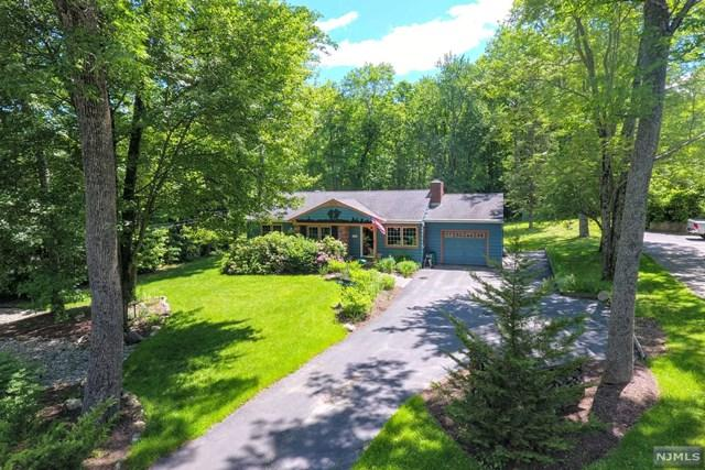 1860 Macopin Road, West Milford, NJ 07480 (MLS #1929221) :: William Raveis Baer & McIntosh