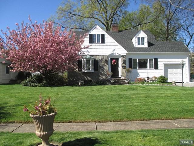 394 Bergen Boulevard, Oradell, NJ 07649 (MLS #1929748) :: William Raveis Baer & McIntosh