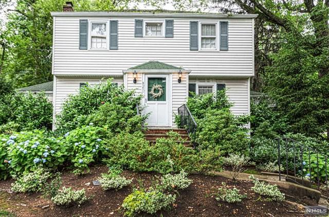 825 Kinderkamack Road, Oradell, NJ 07649 (MLS #1929903) :: William Raveis Baer & McIntosh