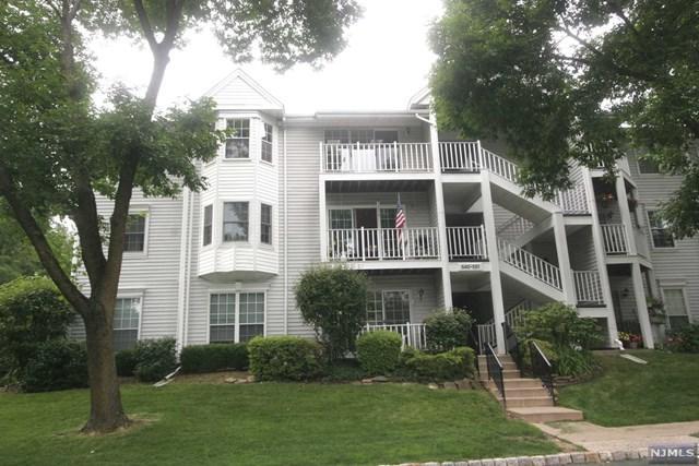 548 Holly Court #548, Mahwah, NJ 07430 (MLS #1930027) :: William Raveis Baer & McIntosh