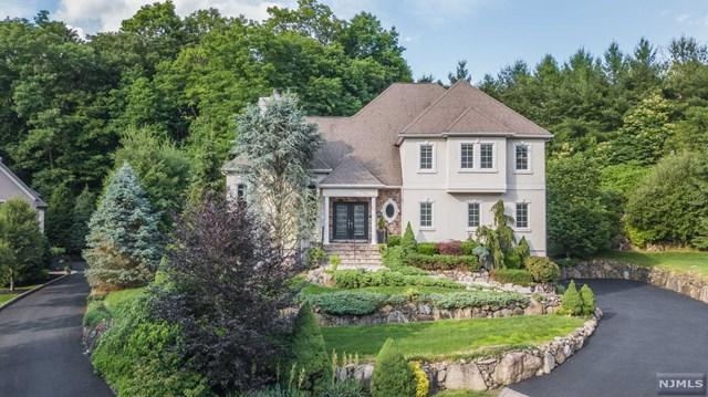 23 Manor Road, Mahwah, NJ 07430 (#1930635) :: NJJoe Group at Keller Williams Park Views Realty