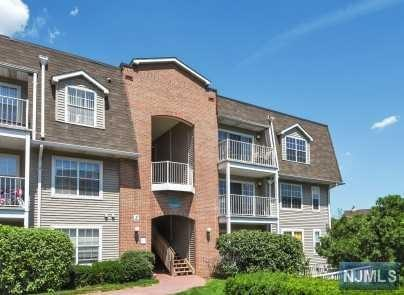 8 Garden Place #263, Edgewater, NJ 07020 (MLS #1932438) :: Team Francesco/Christie's International Real Estate