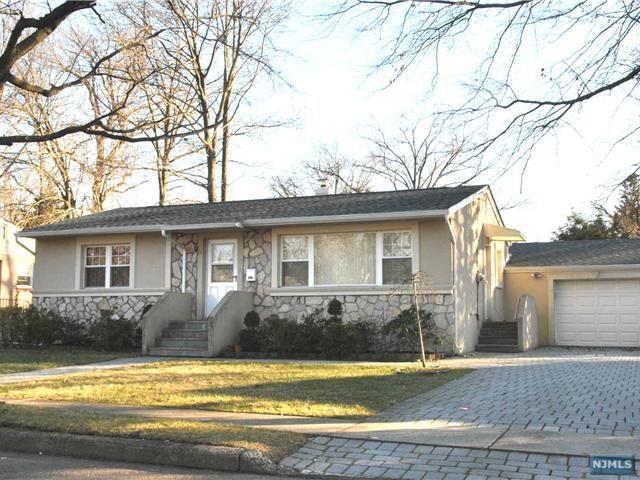 66 Merritt Avenue, Cresskill, NJ 07626 (#1932680) :: Group BK