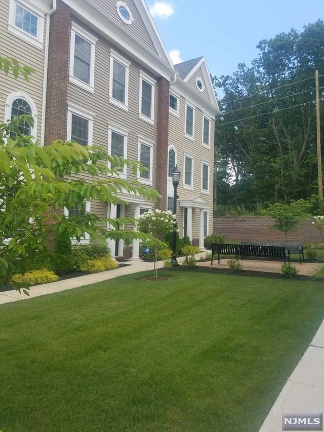 157 Roosevelt Drive, Wood Ridge, NJ 07075 (#1932715) :: NJJoe Group at Keller Williams Park Views Realty
